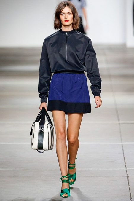 Topshop Unique Spring 2015 Ready-to-Wear - Collection - Gallery - Look 18 - HAIR - Style.com