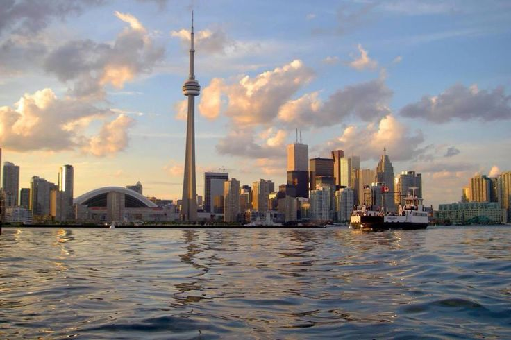 Day view of Toronto's skyline from the Island