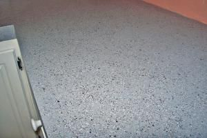 From real stone to durable concrete, the following five DIY resurfacing kits will give your ugly old countertop a fresh new look.: Solid Like a Rock Part One