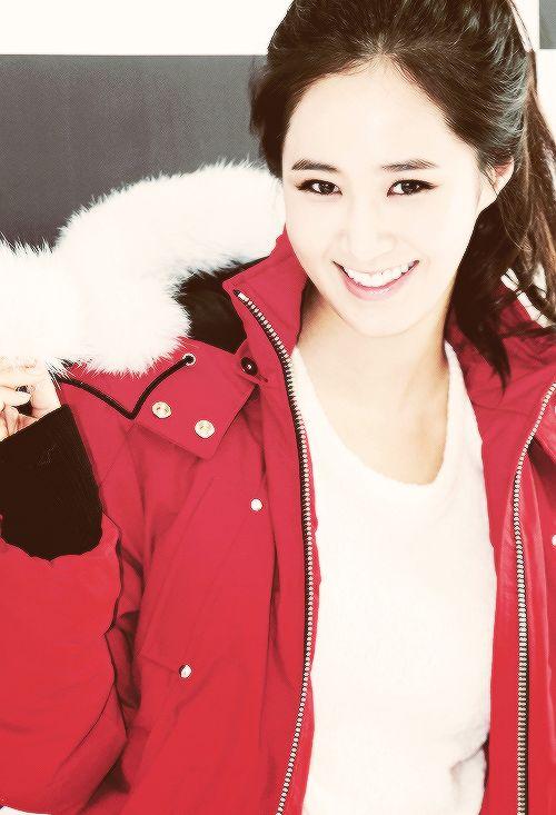 """""""Onun vücut yapısı her erkeği deli eder ama Yuri, bunu söylediğimizde bize kızar ve ben sadece güzelim der. Çok enteresan keke."""" 2PM-Junho"""