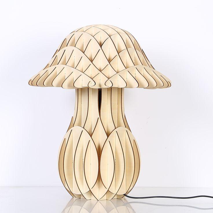 Originálne stolové drevené svietidlá z kolekcie iWood sú moderným doplnkom do Vášho obydlia. Dokážu oslniť svojim nadčasovým elegantným dizajnom a prírodným dreveným materiálom. Každé jedno svietidlo z kolekcie iWood je originálnym dielom. Každé je niečím výnimočné a originálne