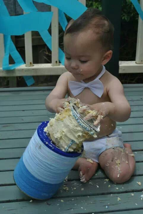 Smash cake picture