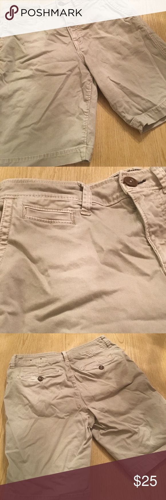 Guys American Eagle Outfitters Cargo Shorts Active Flex Cargo Shorts.  Size US30. Khaki. Only wore 1 time for a few hours! American Eagle Outfitters Shorts Cargo