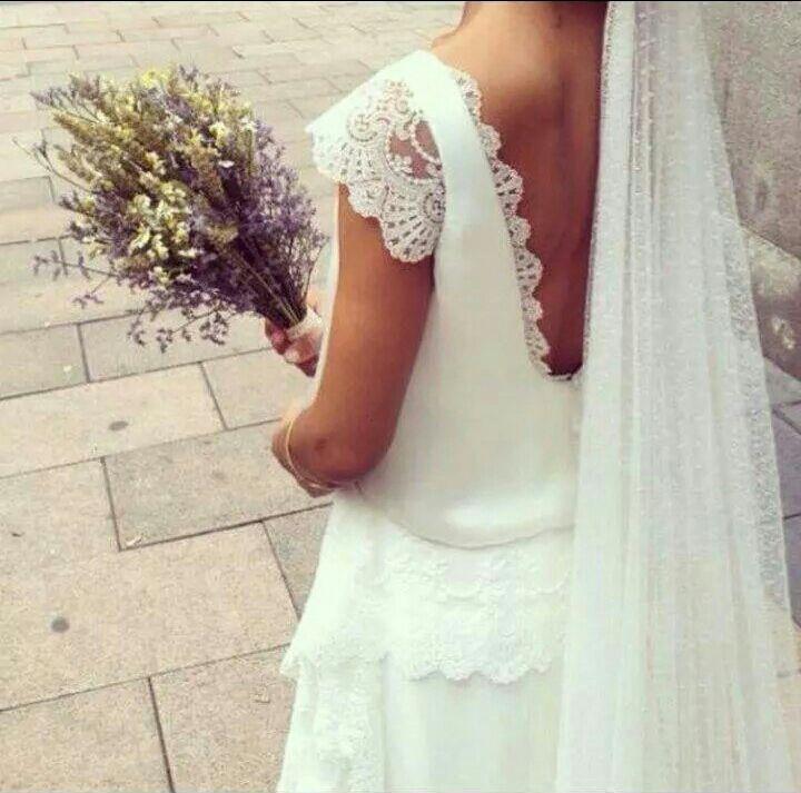 vestido de novia ablusado realizado en gasa con mangas, espalda y