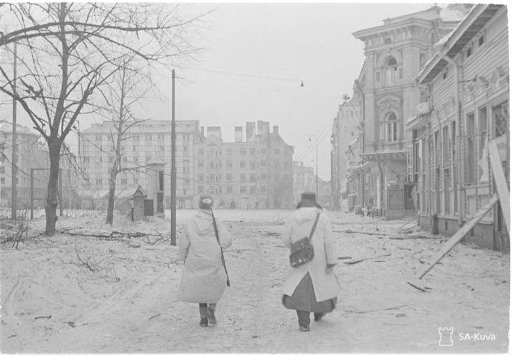 Viipuri Punaisenlähteen tori 7.3.1940. – Kuva: SA-kuva.