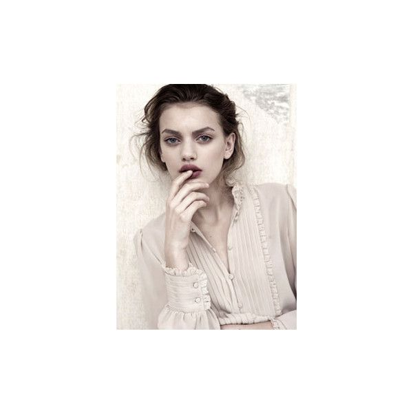 Vivienne Model Management - Modelagentur München, Hamburg, Berlin ❤ liked on Polyvore