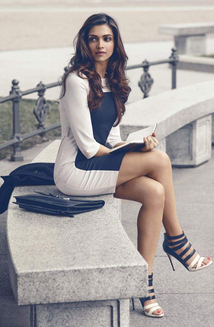 Deepika Padukone Biography - Age, Height, Net Worth ...