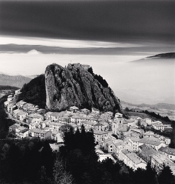 Michael Kenna- Approaching clouds
