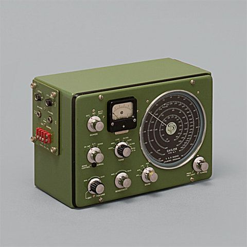 i love old radios and military design. best of both worlds