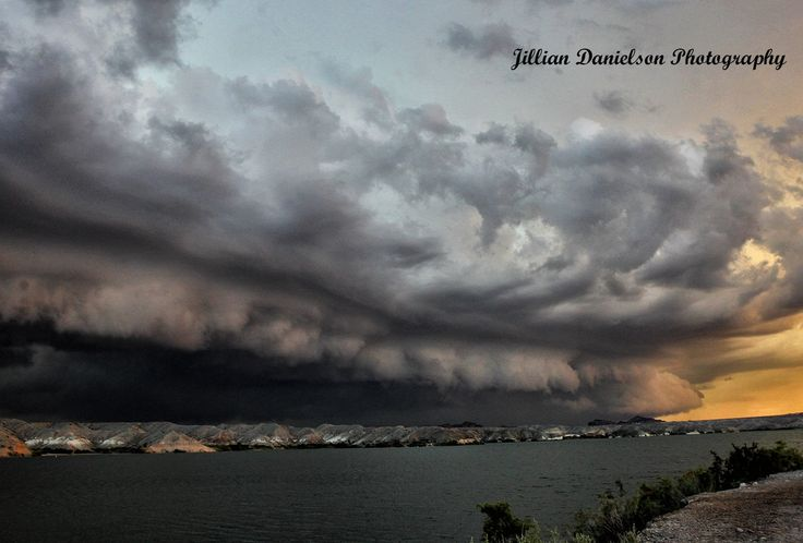 Shelf cloud over Colorado River , Lake Havasu City, AZ on 9/8/14 during a monsoon storm. photo Jillian Danielson.