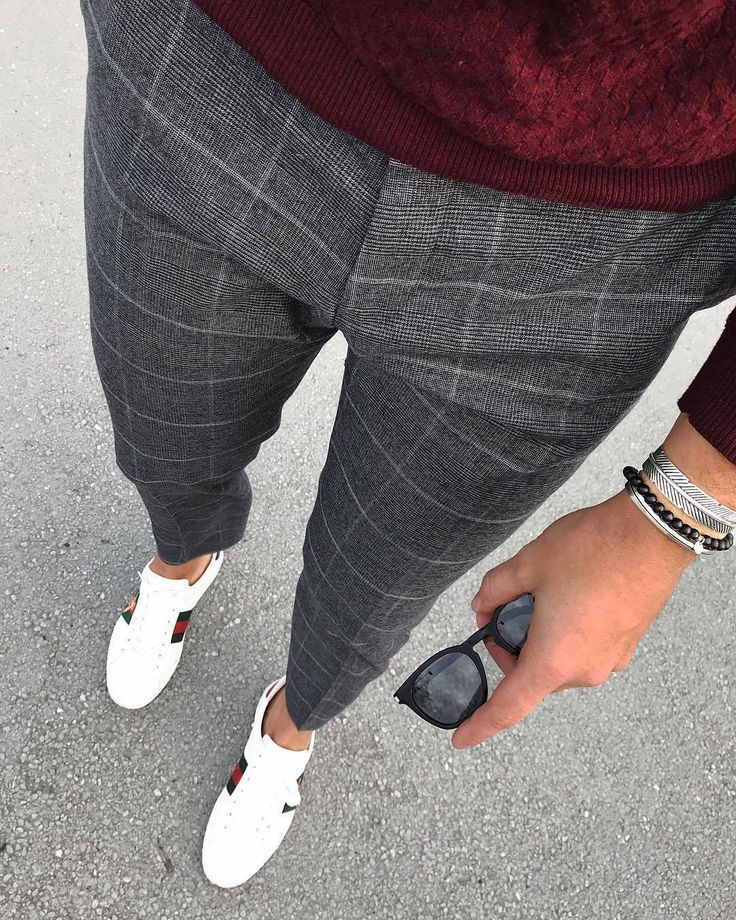 Love these grey checked trousers