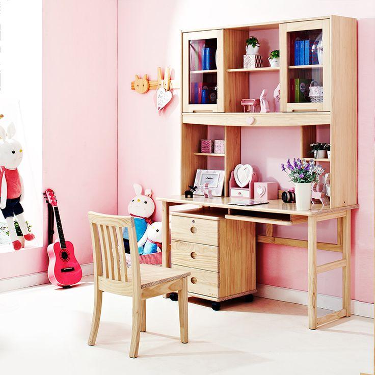 Детский деревянный стол со стулом в интерьере детской комнаты девочки купить в интернет-магазине https://lafred.ru/catalog/catalog/detail/26744816186/