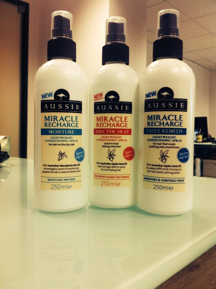 Aussie Miracle Recharge Moisture-Frizz Remedy-Take The Heat