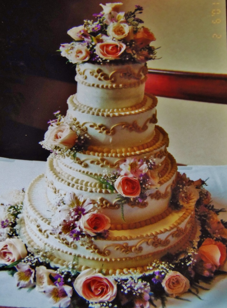 Catering Cake Design : 101 best images about Wedding cakes I decorated on Pinterest