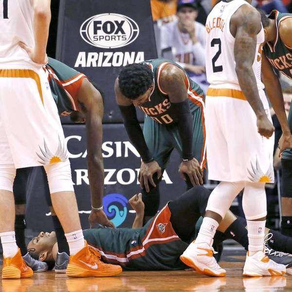 Novato Jabari Parker sufre terrible lesión en la rodilla