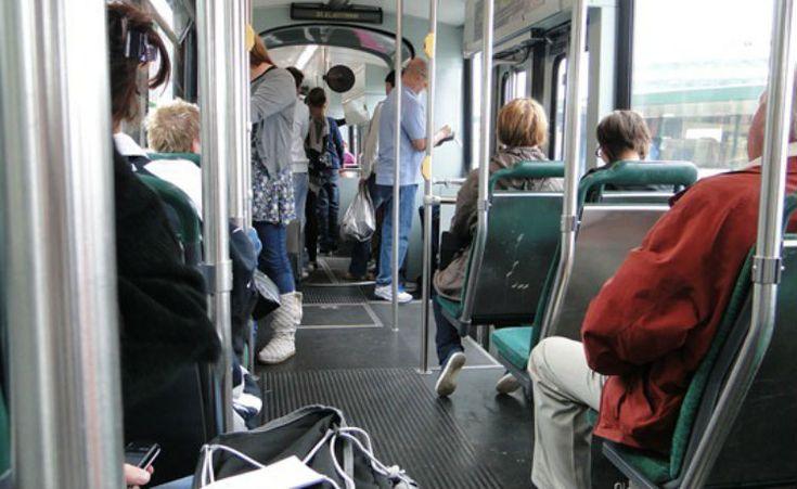 "Capital da Finlândia que ""eliminar"" carros até 2025"