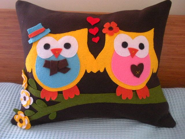 owls in love!
