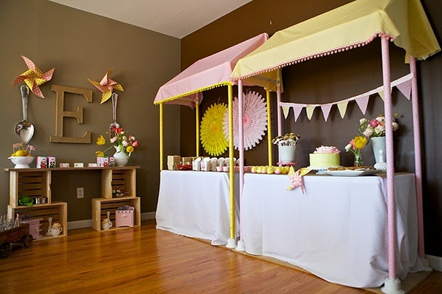 Very Easy Diy Awning For An Indoor Lemonade Stand Http