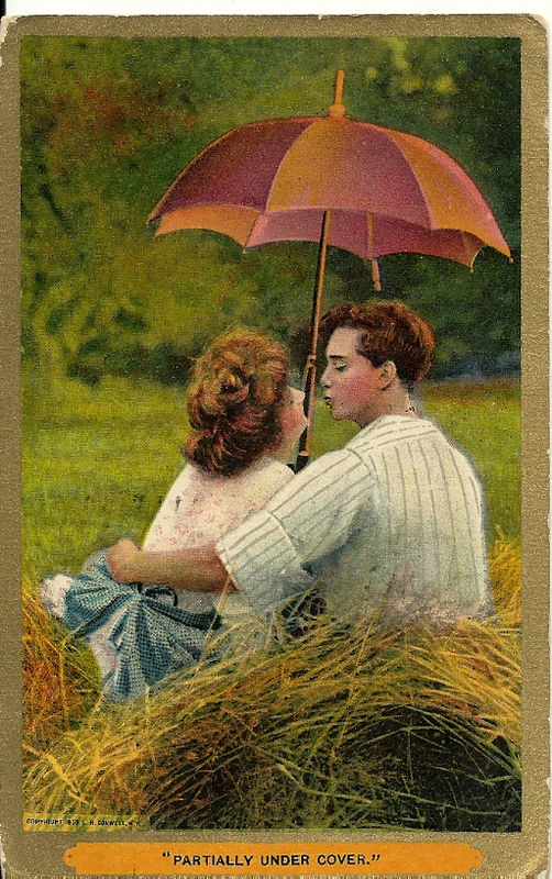 1909 VALENTINES DAY ANTIQUE POSTCARD CUTE YOUNG COUPLE