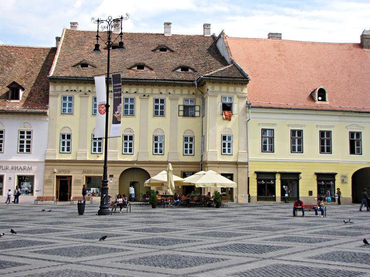 Piata Mare din Sibiu (Casa Hecht), Sibiu, Romania