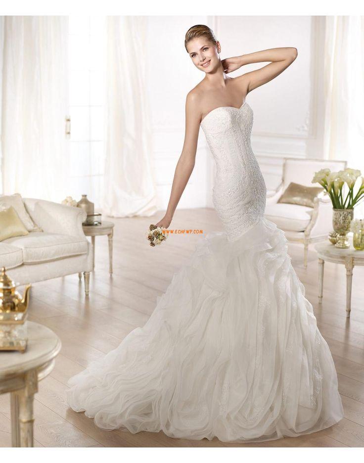 Délka dvorní Jaro 2014 Nášivky Svatební šaty 2014