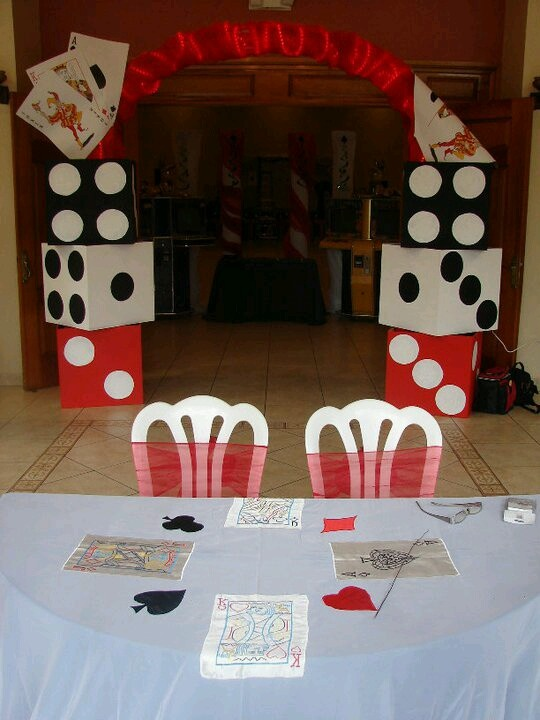 Bunco decorations Use boxes to make dice