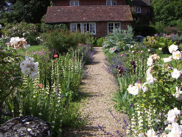 62 best country cottage gardens images on pinterest for Cottage landscaping ideas