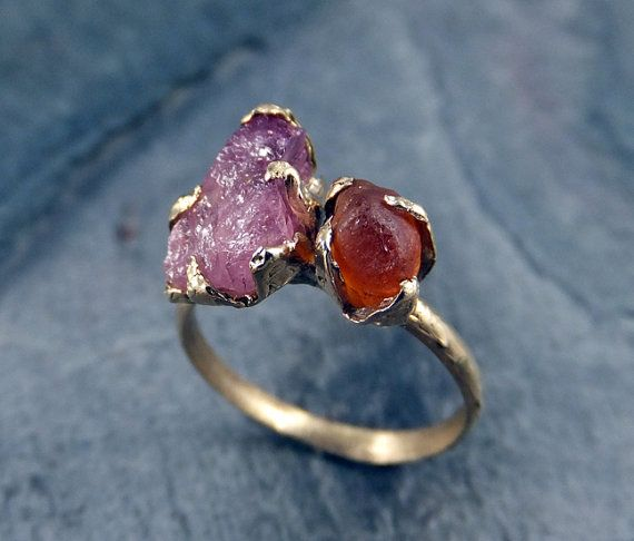 Pierres précieuses brutes bague cornaline rugueux de Orange Tourmaline rose 14k Gold Ring deux Pierre bague Raw précieuses bijoux byAngeline