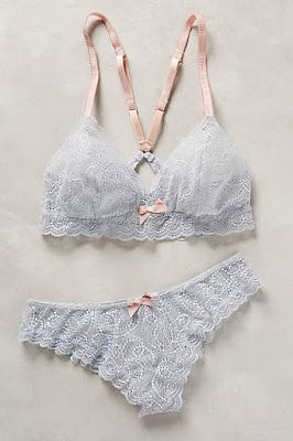 Make it with Ohhh Lulu Sarah pattern or Cloth Habit Watson pattern.