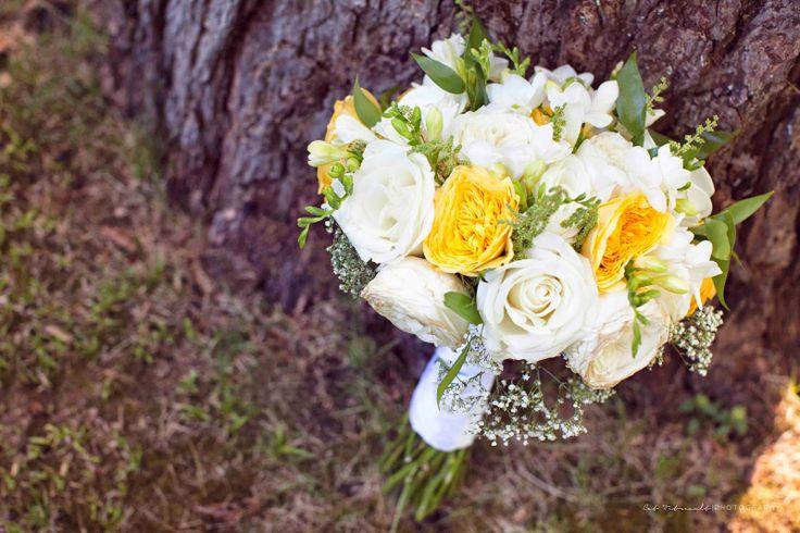 Old House Village and Suites, Courtenay, BC - Wedding, Bouquet by Platinum Floral Design
