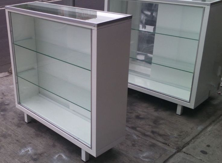 Vitrina Exhibidora Mostrador Metalico Exhibidor De Cristal - $ 1,749.00