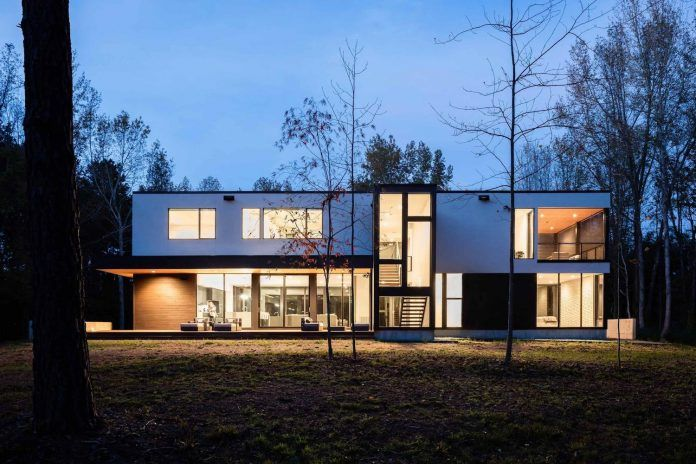 House in the woods overlooking a woodland pond - Page 2 of 2 - CAANdesign | Architecture and home design blog