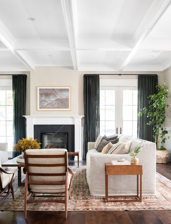 The Best Luxury Living Room Designs From Our Favorite Celebrities Luxury Living Room Interior Design Living Room Home Living Room