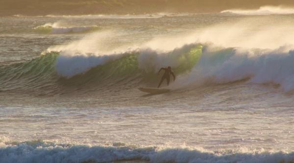 Surfing in a force 6 at Vazon Bay #LoveGuernsey     (Submitted by @AndyDovey via Twitter)