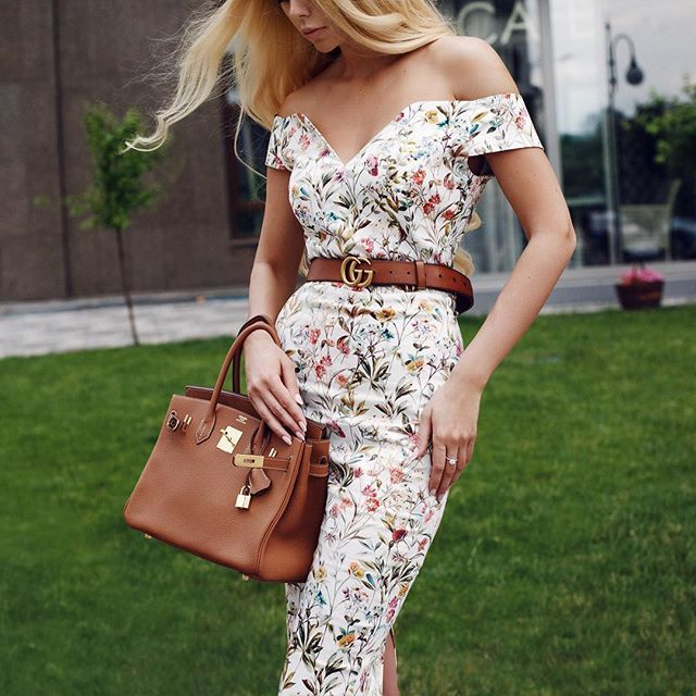 WEBSTA @ l_ange_blanc - Счастливую девушку легко узнать из тысячи: её глаза горят ярче всех и она одета в идеальное платье #l_ange_blanc 😍🌷В наличии :  380 (91) 956 76 65