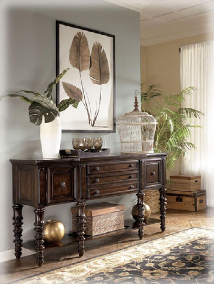 Sideboard Buffet In Dining Room Entryway