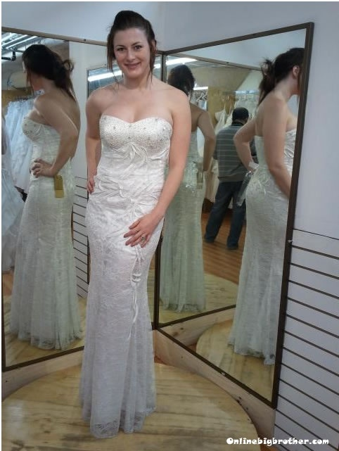 Rachel reilly trying on wedding dresses big brother for Dress for my brothers wedding