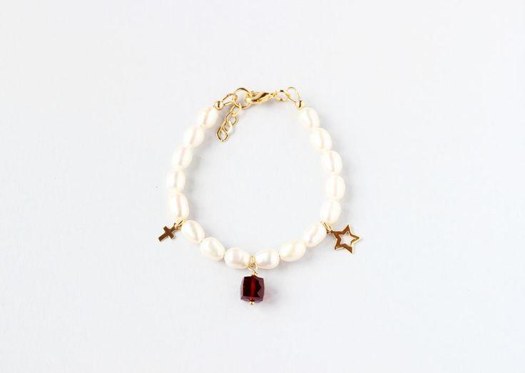 January Birthstone First Communion Bracelet, Children Gemstone Gift, First Communion Keepsake, Girl Communion Jewelry, Pearl Communion Gift by ILgemstones on Etsy