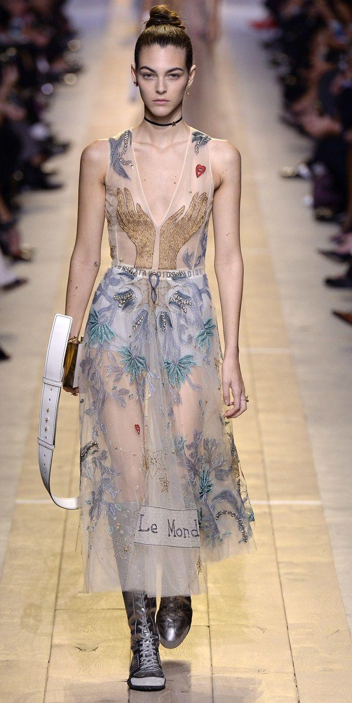 Desfile Christian Dior Primavera/Verão 2017: Paris Fashion Week [Destaques]