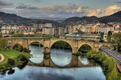 Roman Bridge - Ourense, Spain: Ouren Galicia, Beautiful Bridges, Romans Bridges, Galicia Spain, Stink Romano, Romano Ouren, Spectacular Spain, Galicia Unicaespaña