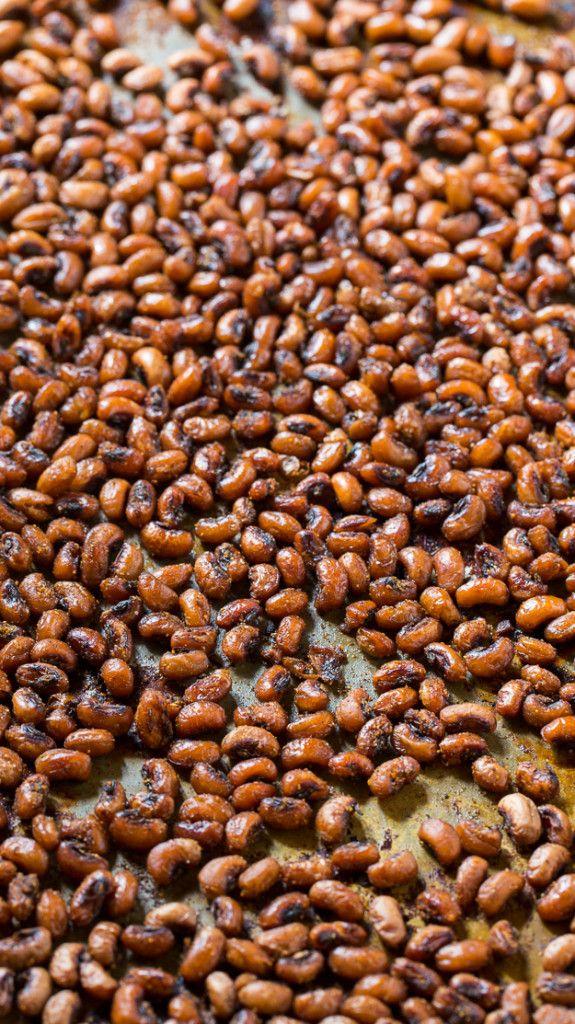 Crispy and spicy Roasted Black-Eyed Peas.