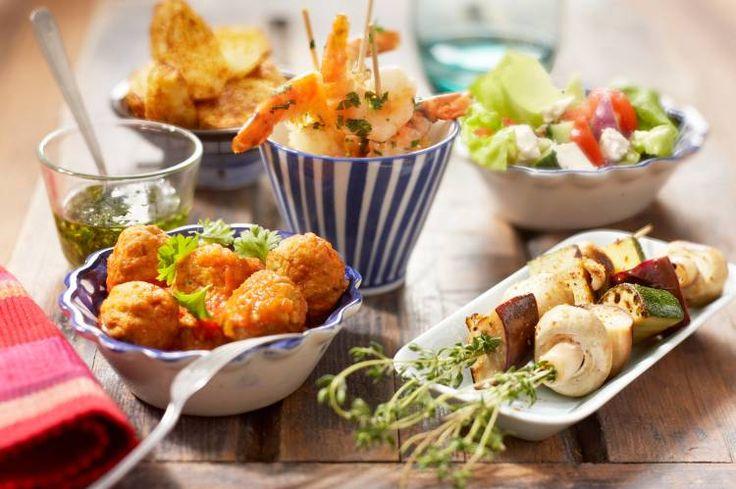 Maak eens een verrukkelijke combinatie van verschillende gerechtjes, voor elk wat wils op oudejaarsavond! Een tafel vol met lekkernijen, die je zelf kunt...