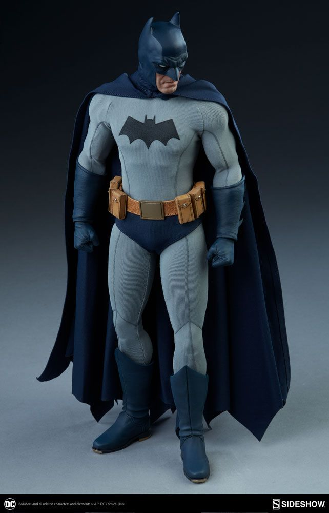 DC Comics Batman Sixth Scale Figure by Sideshow Collectibles | Sideshow Collectibles