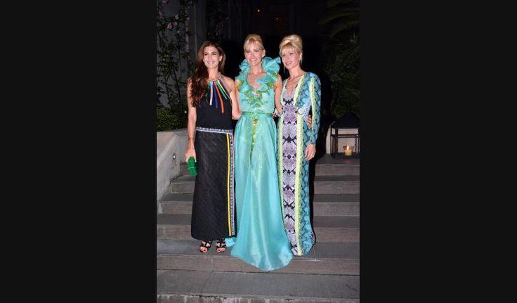 Duelo de primeras damas: Juliana Awada vs Karina Rabolini   Fashion TV