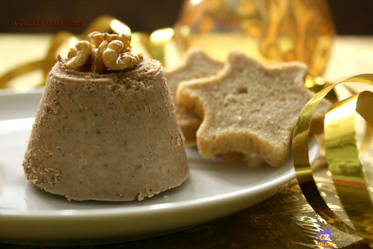 Pate di fegato d'anatra con crostini. Ricetta qui: http://blog.giallozafferano.it/cucinaconsara/pate-di-fegato-danatra-con-crostini/