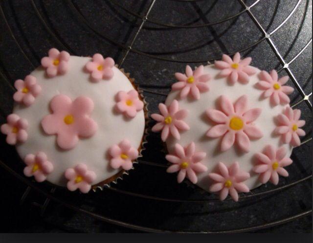 Cupcakes eerste verjaardag meisje