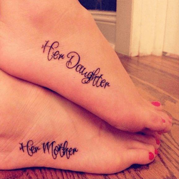 tatouage mere fille pied