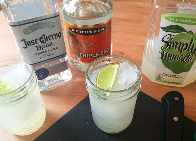 Boxes and Jars | SIMPLE LIMEADE MARGARITA | http://www.boxesandjars.com