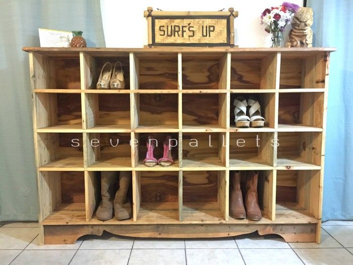 pallet shoes rack pallets pinterest shoe rack pallets and wood shoe rack. Black Bedroom Furniture Sets. Home Design Ideas
