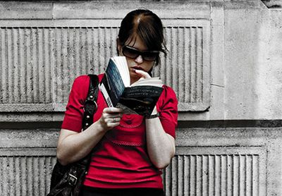 10 Must-Read Public Relations and Marketing Books